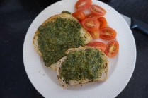 pesto tartines:toast